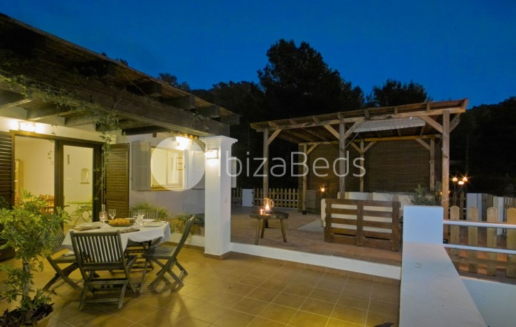 rural-holiday-villa-rental-ibiza-buscastell-sant-rafel-42