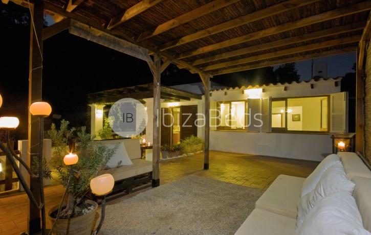rural-holiday-villa-rental-ibiza-buscastell-sant-rafel-44
