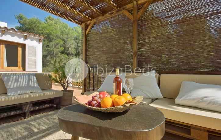 rural-holiday-villa-rental-ibiza-buscastell-sant-rafel-7
