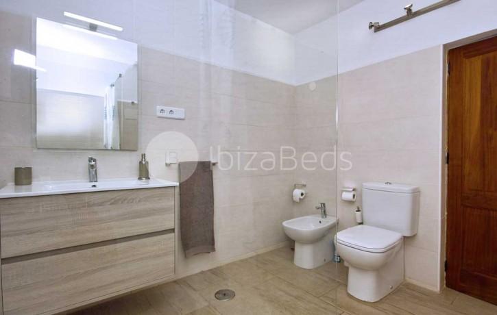 can-tixedo-ibiza-villa-bathroom-6