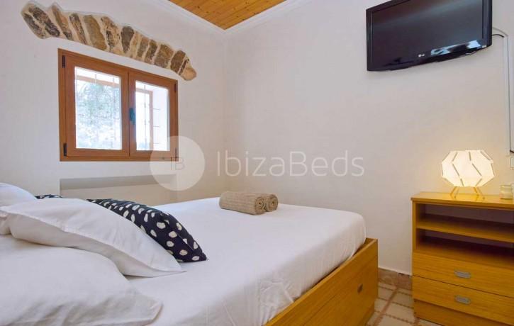 can-tixedo-ibiza-villa-bedroom-4e