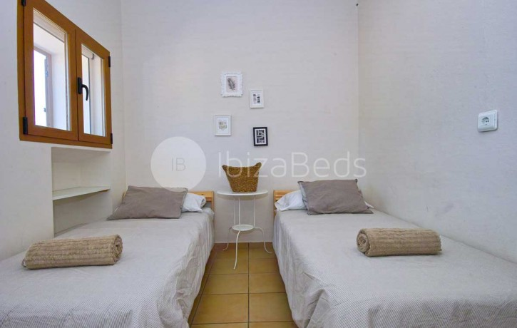 can-tixedo-ibiza-villa-bedroom-twin-1