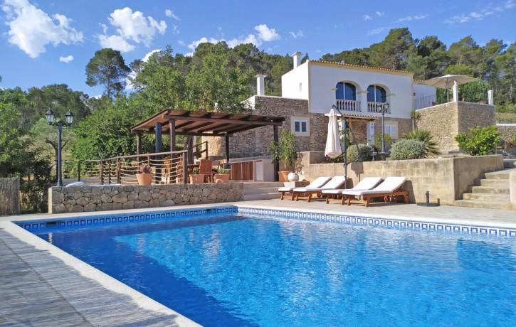 es-puig-villa-rental-ibizabeds-2
