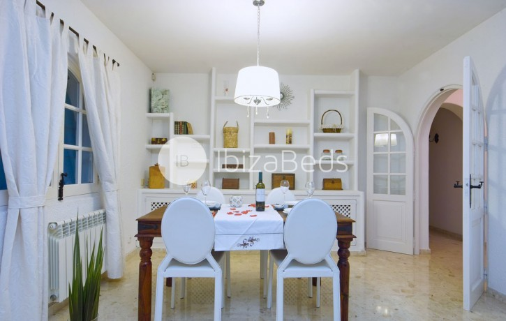 villa-rental-ibiza-talamanca-holiday-rental-19