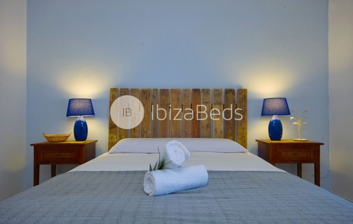 villa-rental-ibiza-talamanca-holiday-rental-4