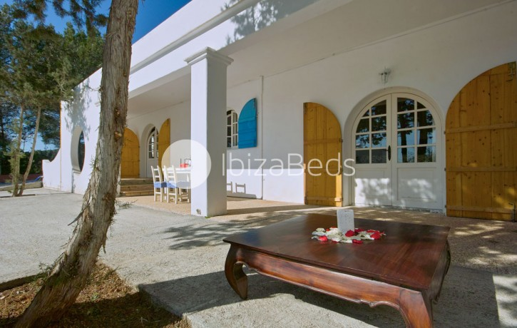 villa-rental-ibiza-talamanca-holiday-rental-7